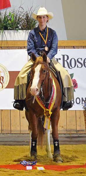 Alexandra Schürmann auf Shiney Bud Ranch Horse Versatility Open 2015 – Q15 – 3. Platz Bronzemedaille